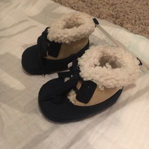 NWT Baby winter boots